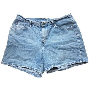 Vintage Riders by Lee Light Wash Mom Shorts
